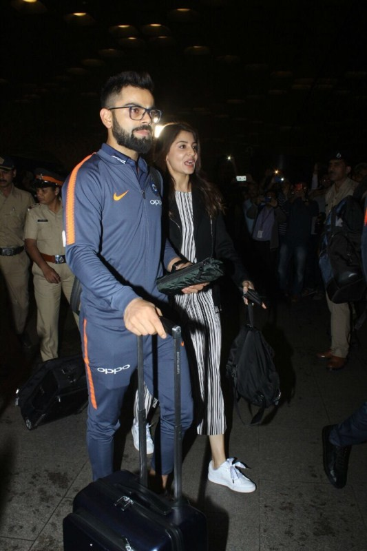 Virat Kohli-Anushka Sharma,Virat Kohli,Anushka Sharma,Virat Kohli and Anushka Sharma,Virat Kohli and Anushka Sharma New Year celebrations,Virat Kohli and Anushka Sharma South Africa,Virat Kohli and Anushka Sharma in South Africa