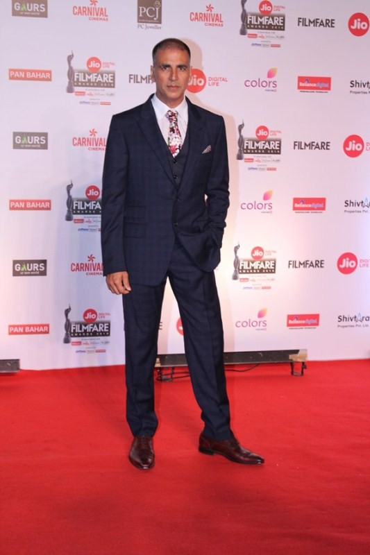 Akshay Kumar,Alia Bhatt,Arjun Kapoor,Kajol,Diana Penty,63rd Jio Filmfare Awards 2018,Jio Filmfare Awards 2018,Jio Filmfare Awards,Jio Filmfare Awards pics,Jio Filmfare Awards images,Jio Filmfare Awards stills,Jio Filmfare Awards pictures,Jio Filmfare Awar