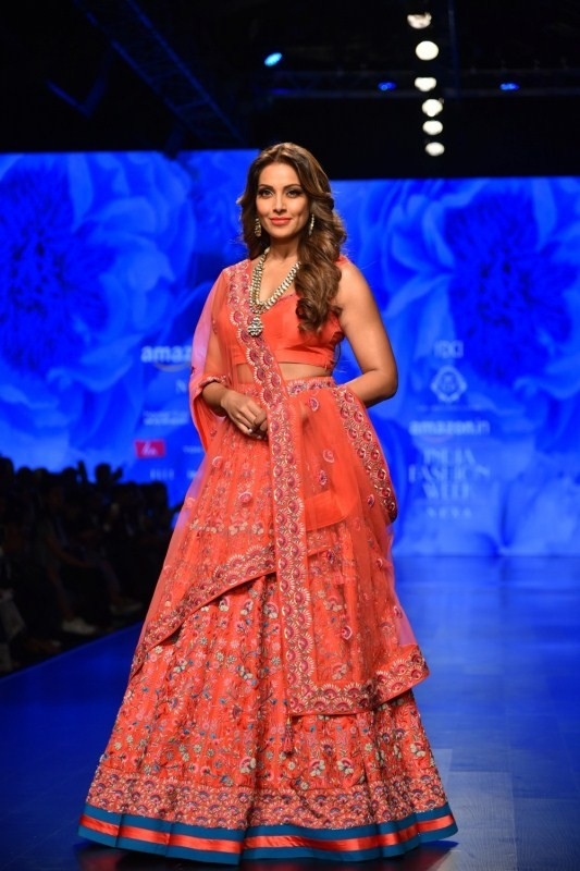 Bipasha Basu,Rhea Chakraborty,Bipasha Basu walks ramp,rhea chakraborty walks ramp,Amazon India Fashion Week 2018,Amazon India Fashion Week,celebs at Amazon India Fashion Week 2018