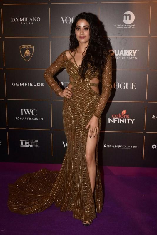 Jacqueline Fernandez,Janhvi Kapoor,Fatima Sana Shaikh,Vogue Women Of the Year Awards,celebs at Vogue Women Of the Year Awards,Vogue Women Of the Year Awards pics,Vogue Women Of the Year Awards images,Vogue Women Of the Year Awards stills,Vogue Women Of th
