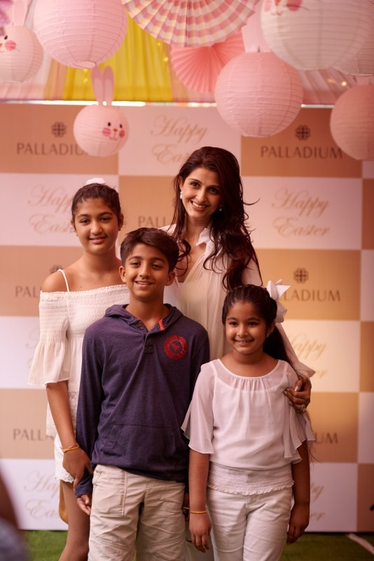 Easter party at Palladium,Easter party,Aditi Duggar,Pooja Advani,Akanksha Aggarwal,Easter party pics,Easter party images,Easter party stills,Easter party pictures