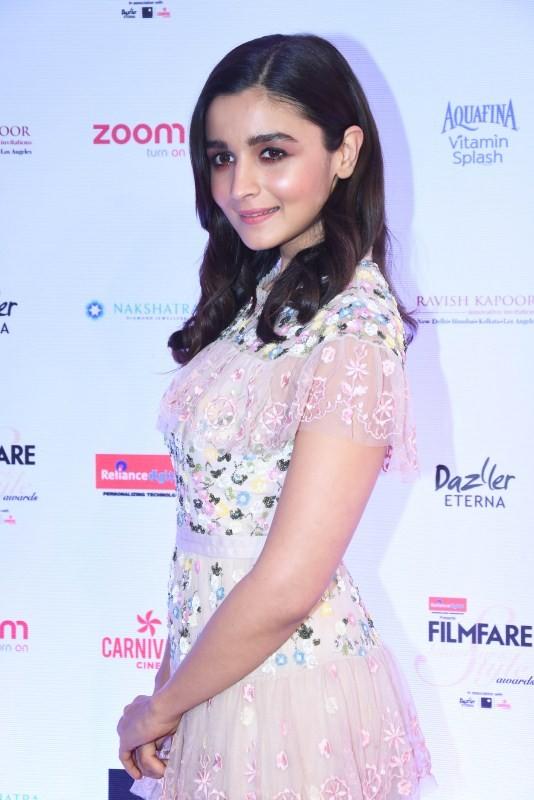 Kareena Kapoor,Jacqueline Fernandez,Katrina Kaif,Alia Bhatt,Filmfare Glamour & Style Awards 2017,Filmfare Glamour & Style Awards