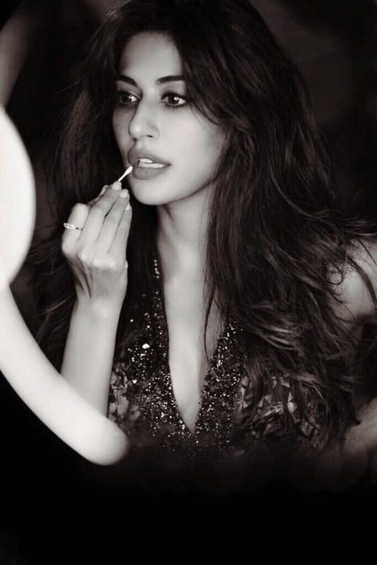 Chitrangda Singh,actress Chitrangda Singh,Chitrangda Singh in Bazaar,Bazaar poster,Bazaar movie poster
