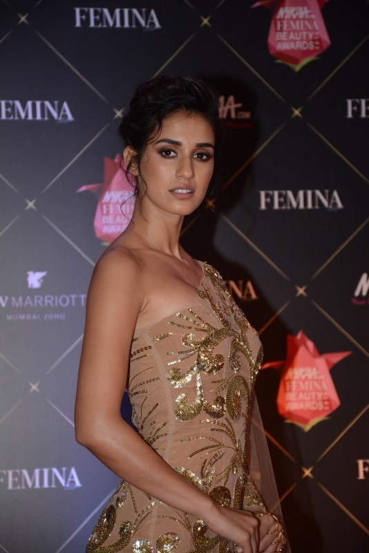 Arjun Kapoor,Disha Patani,Zareen Khan,Pooja Hegde,Nykaa Femina Beauty Awards,celebs at Nykaa Femina Beauty Awards,fashion show,bollywood event