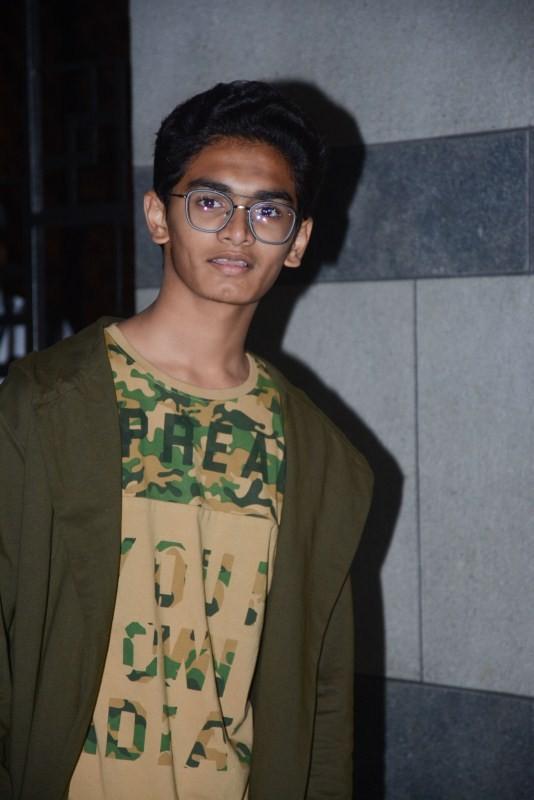Aamir Khan,Advait Chandan,Zaira Wasim,Secret Superstar,Secret Superstar success bash,Secret Superstar success meet,Secret Superstar success meet pics,Secret Superstar success meet images,Secret Superstar wallpaper,Secret Superstar poster