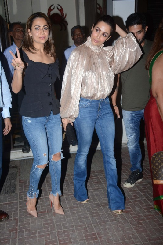 Malaika Arora,Amrita Arora,Anil Arora,Anil Arora birthday,Anil Arora birthday celebration,Malaika and Amrita Arora,bollywood event,Bollywood celebs