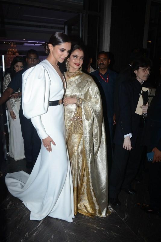 Hello Hall of Fame Awards 2018,Deepika Padukone,actress Deepika Padukone,Deepika Padukone hot pics,Padmaavat,deepika padukone padmaavat,Deepika Padukone wallpaper