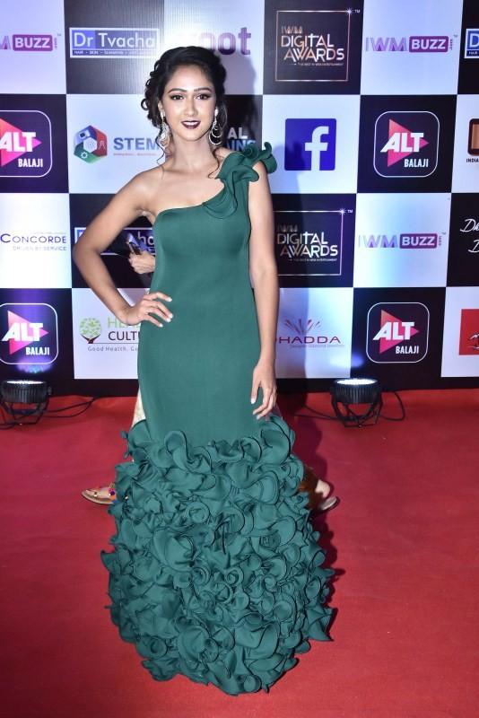 Karishma Sharma,Jackie Shroff,Tusshar Kapoor,Sana Khan,IWM Digital Awards 2018,celebs at IWM Digital Awards 2018,IWM Digital Awards 2018 pics,IWM Digital Awards 2018 images,IWM Digital Awards 2018 stills,IWM Digital Awards 2018 pictures
