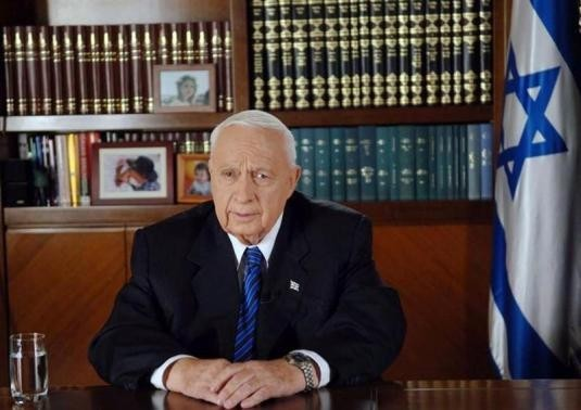 Israeli Prime Minister Ariel Sharon gives a televised address to the nation from Jerusalem August 15, 2005.