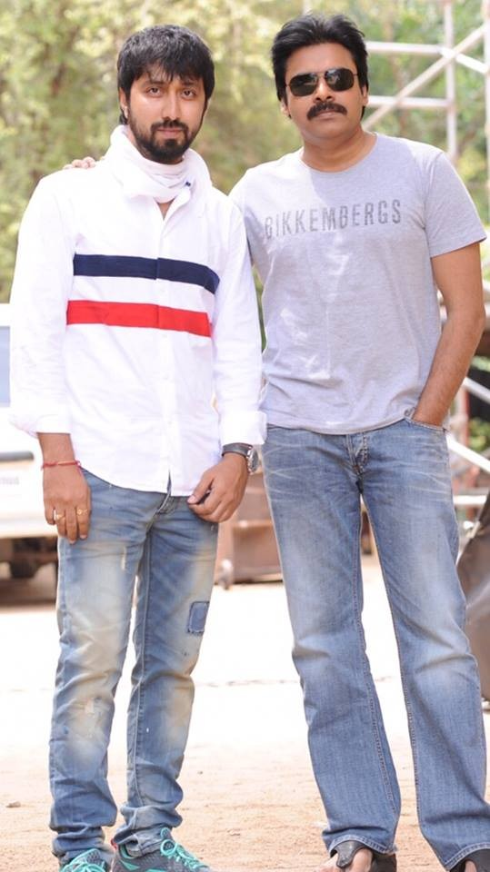 Pawan Kalyan and Director Bobby on the sets of Sardaar Movie,Pawan Kalyan on the sets of Sardaar Movie,Director Bobby on the sets of Sardaar Movie,Pawan Kalyan,Director Bobby,Sardaar,telugu movie Sardaar,Sardaar on the sets,Sardaar working stills,Sardaar