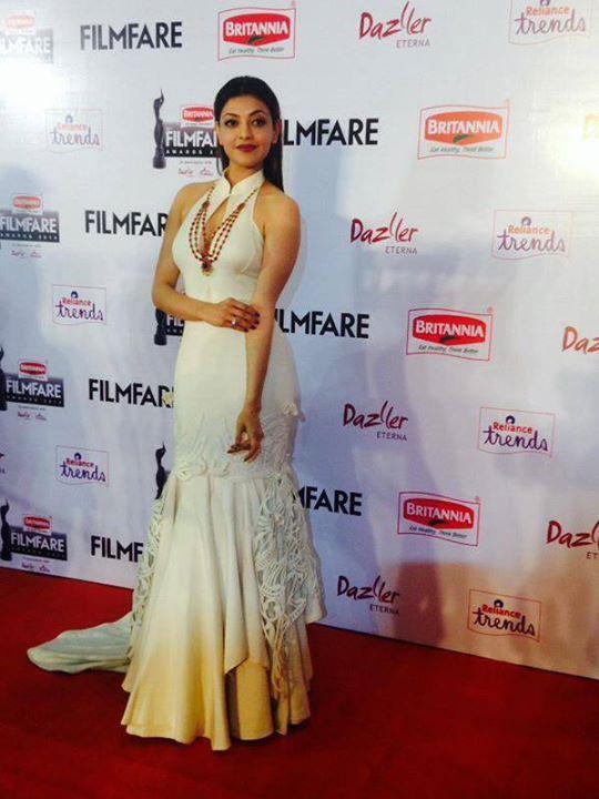 Kajal Aggarwal,actress Kajal Aggarwal,Kajal Aggarwal at 62nd Filmfare Awards,Kajal Aggarwal at Filmfare Awards,62nd Filmfare Awards,62nd Filmfare Awards 2015,Filmfare Awards,Filmfare Awards 2015,Filmfare Awards pics,Filmfare Awards images,Filmfare Awards