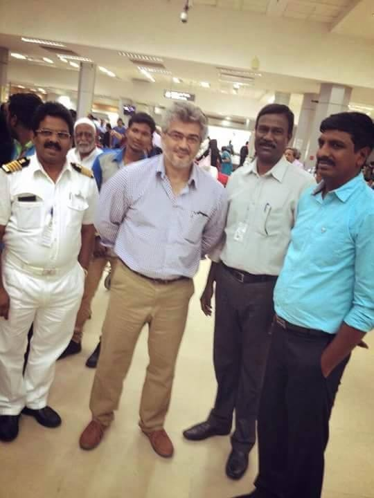 Thala Ajith,Thala Ajith snapped at Abudhai Airport,Ajith snapped at Abudhai Airport,Thala Ajith pics,ajith kumar,Ajith latest pics,Ajith latest images,Ajith latest photos,Ajith latest stills,Ajith latest pictures