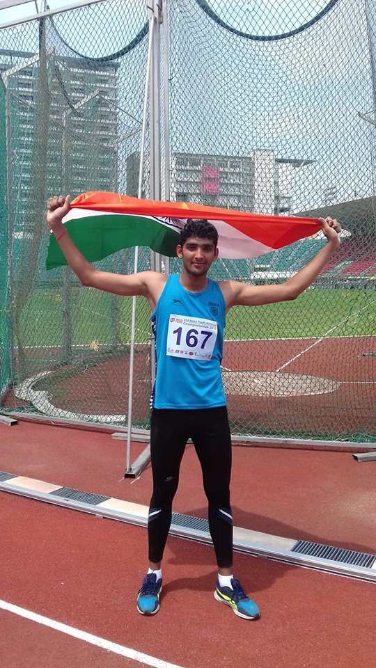 Javelin thrower Neeraj Chopra,Neeraj Chopra,Neeraj Chopra wins Gold,Neeraj Chopra Sottevile Athletics meet,Sottevile Athletics meet