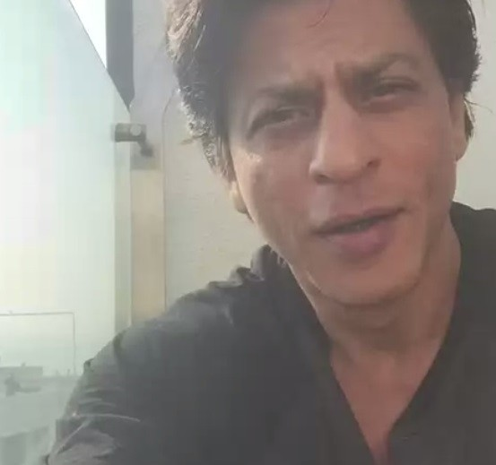 Shah Rukh Khan's first video tweet