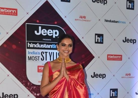 Deepika Padukone,actress Deepika Padukone,Padmaavat pose,HT Most Stylish Awards,HT Stylish Awards,Ht most stylish awards 2018