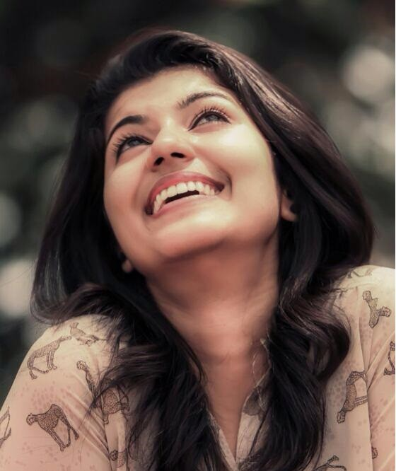 Anju kurian,anju kurian photos,Premam nivin's sister,Om shanthi oshana nazriya friend
