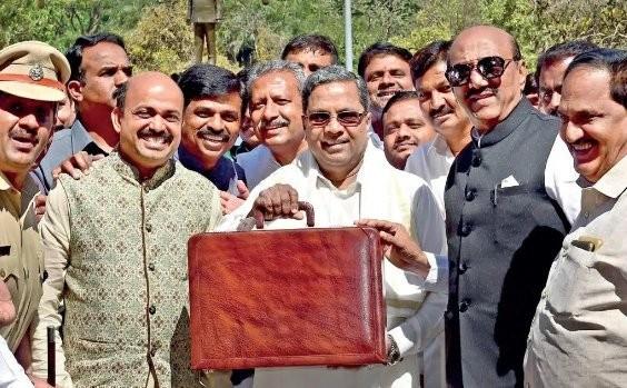 Siddaramaiah,CM Siddaramaiah,Karnataka Chief Minister Siddaramaiah,Siddaramaiah budget,Siddaramaiah budget 2018