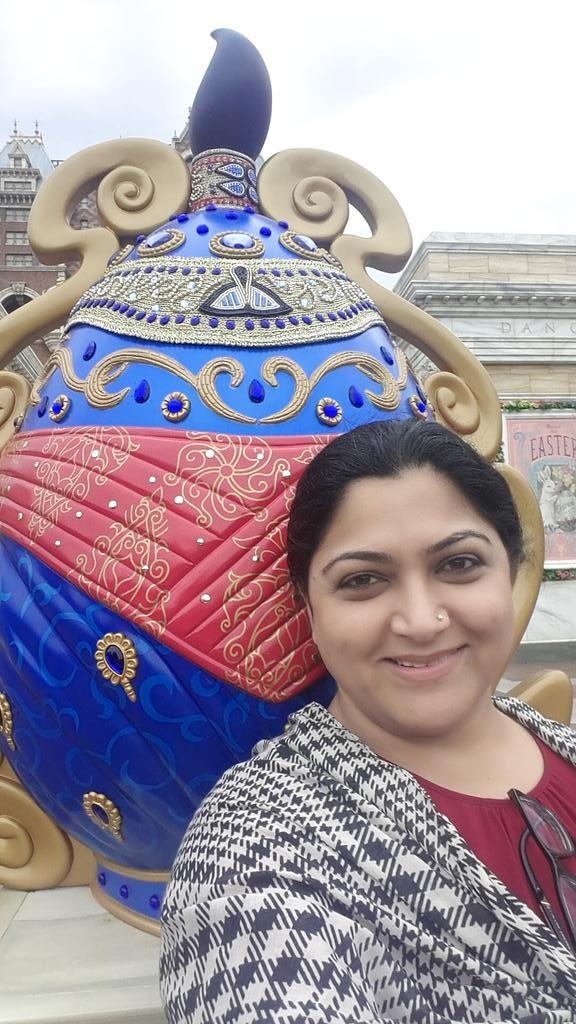 Kushboo and Sundar C at Tokyo DisneySea,Kushboo at Tokyo DisneySea,Sundar C at Tokyo DisneySea,Tokyo DisneySea,Kushboo,actress Kushboo,Kushboo pics,Kushboo imgaes,Sundar C,director Sundar C,actor Sundar C