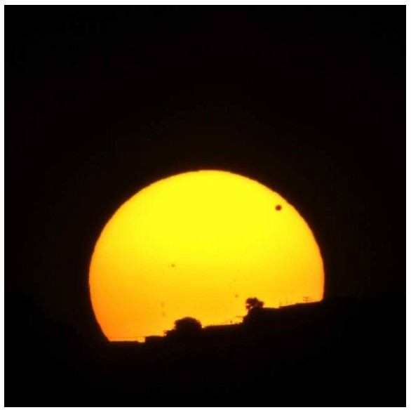 Transit of Venus Cool Photo from Caracas, Venezuela