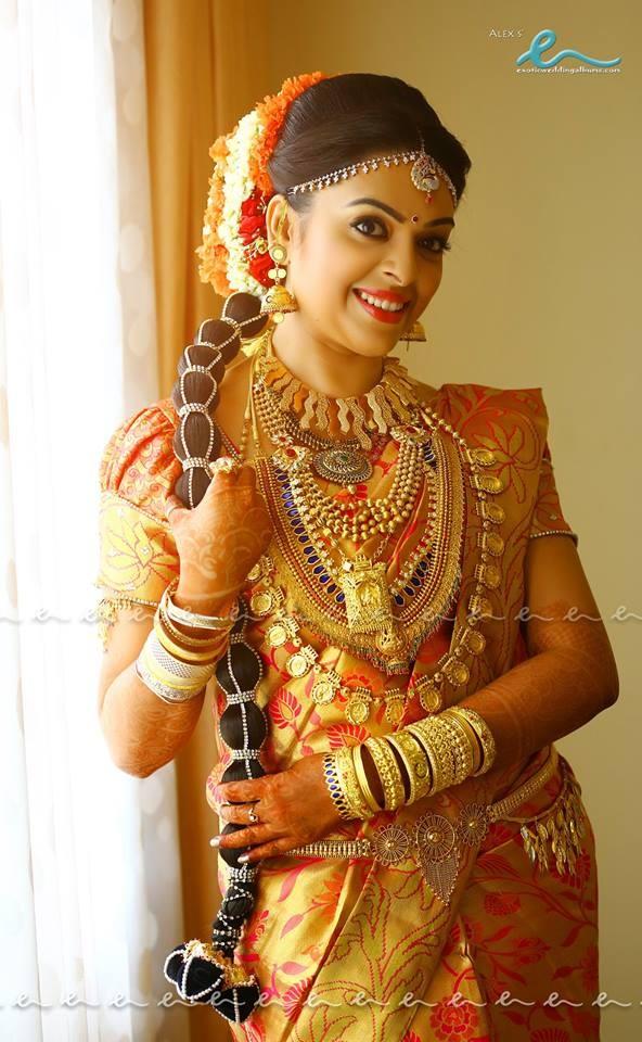 Malayalam actress Radhika and Abhil Krishna's wedding photos.