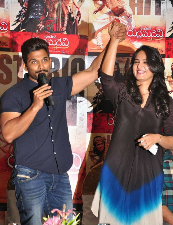 Rudramadevi Success Meet,Rudramadevi,Allu Arjun,Anushka Shetty,Prakash Raj,Rudramadevi Success Meet pics,Rudramadevi Success Meet images,Rudramadevi Success Meet photos,Rudramadevi Success Meet pictures,Rudramadevi Success Meet stills