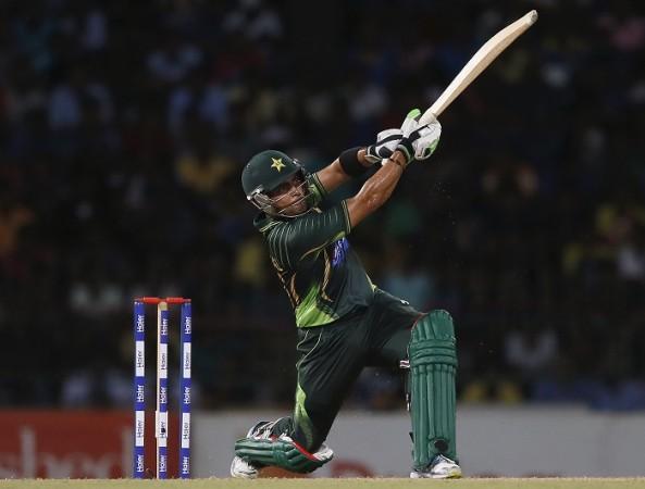 Umar Akmal, Pakistan cricketer, Twitter