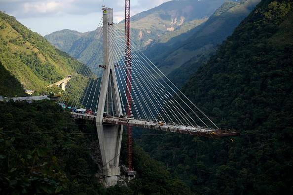 Colombia bridge collapse,bridge collapse,bridge collapse in Colombia,under construction,under construction bridge collapse