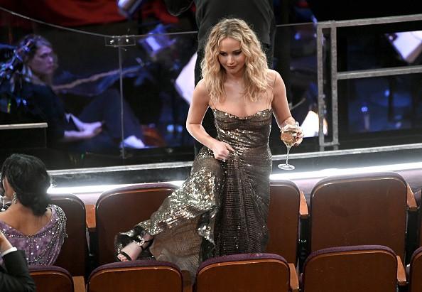 Jennifer Lawrence,actress Jennifer Lawrence,Jennifer Lawrence at Oscars,jennifer lawrence at oscars 2018,Oscars 2018,celebs at Oscars 2018,90th Academy Awards