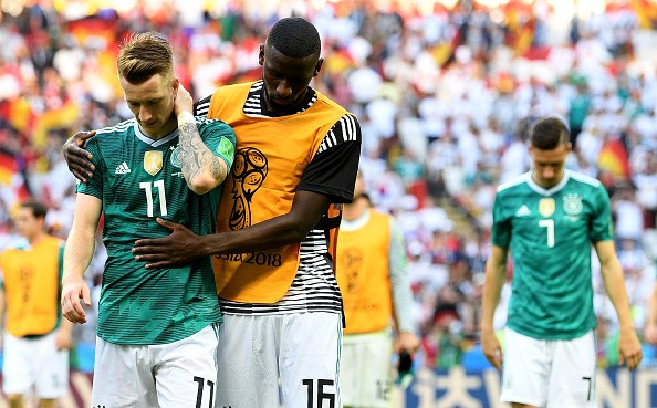 Germany crashes out of FIFA World Cup,Germany out,Germany out of World Cup,South Korea,South Korea beats Germany,FIFA World Cup,FIFA World Cup 2018