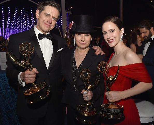 Emmy Awards 2018 winners,Emmy Awards winners,Emmy Awards winners pics,Emmy Awards winners images,Emmy Awards winners stills,Emmy Awards winners pictures,Emmy Awards winners photos,Emmy Awards 2018 pics,Emmy Awards 2018 images
