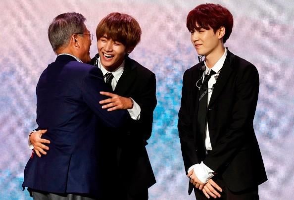 South Korean President Moon greets BTS Boy Band