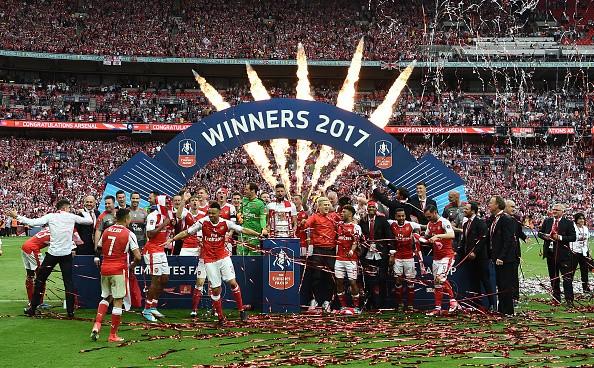 Arsenal transfer news, Alexis Sanchez, Mesut Ozil, Olivier Giroud, Hector Bellerin, Arsenal kit 2017/18, Arsenal new home kit