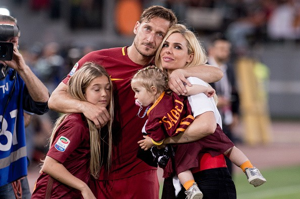 Francesco Totti , Roma's farewell, Francesco Totti's farewell video