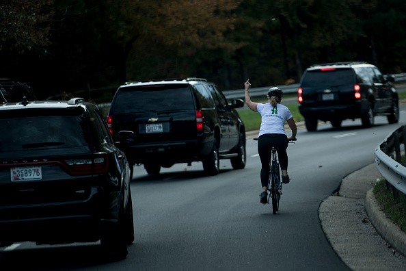 Woman flipped off Donald Trump's motorcade