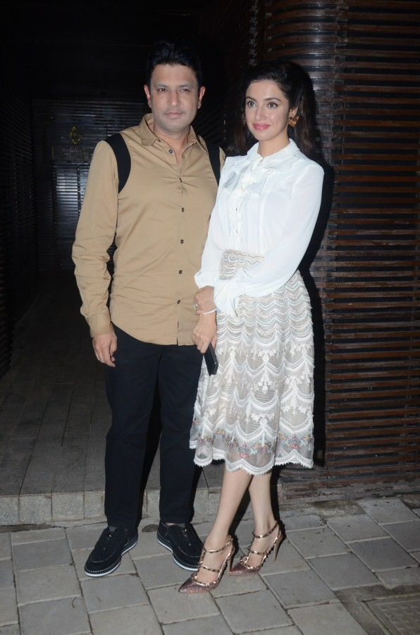 Bhushan Kumar and Divya Khosla Kumar,Bhushan Kumar,Divya Khosla Kumar,Aanand L Rai,Aanand L Rai birthday bash,celebs at Aanand L Rai birthday bash,Aanand L Rai birthday bash pics,Aanand L Rai birthday bash images,Aanand L Rai birthday bash stills,Aanand L