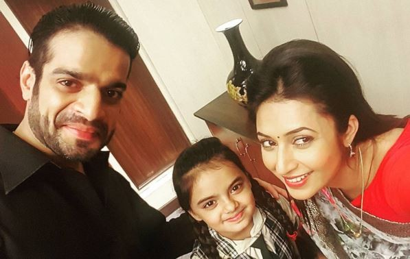 "Ishita to finally meet her daughter Pihu on ""Yeh Hai Mohabbatein."" Pictured:""Yeh Hai Mohabbatein"" actors Divyanka Tripathi, Karan Patel and Ruhaanika Dhawan"