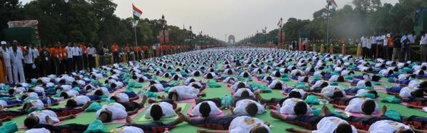 International Yoga Day,International Yoga Day celebration photos,International Yoga Day pics,International Yoga Day Rajpath Delhi,Delhi International Yoga Day celebration pictures,40000 people at Rajpath Delhi