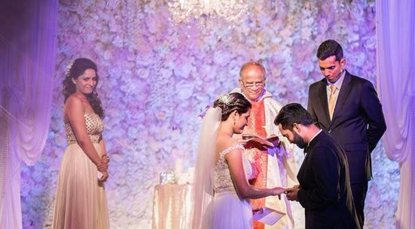 Dinesh Karthik and Dipika Pallikal's Wedding Pictures,Dinesh Karthik Wedding Pictures,Dinesh Karthik Wedding,Dinesh Karthik Wedding pics,Dinesh Karthik Wedding images,Dinesh Karthik Wedding photos,Dinesh Karthik Wedding stills,Dinesh Karthik Wedding