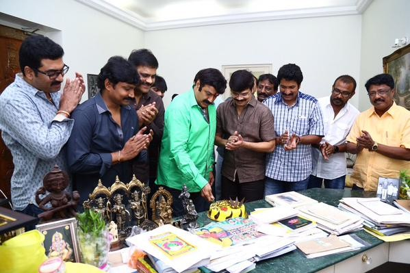 Balakrishna,Balakrishna Birthday celebrations,Balakrishna Birthday celebrations pics,Balakrishna Birthday celebrations images,Balakrishna Birthday celebrations photos,Bala,Balakrishna's Birthday celebrations with Dictator team,Dictator,telugu movie Dictat