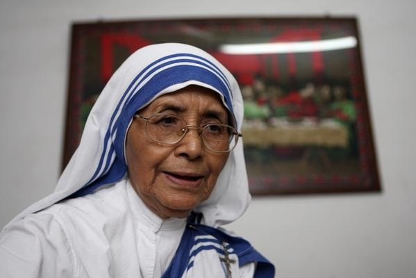 Sister Nirmala,Mother Teresa,Missionaries of Charity Sister Nirmala,Charity Sister Nirmala Passes Away in Kolkata,Missionaries of Charity