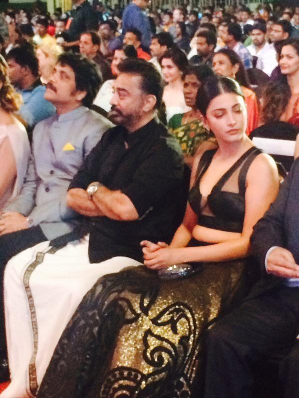 Kamal Haasan,actor Kamal Haasan,Kamal Haasan at 62nd Filmfare Awards,Kamal Haasan at Filmfare Awards,Filmfare Awards,Filmfare Awards 2015,Filmfare Awards pics,Filmfare Awards images,Filmfare Awards photos,Filmfare Awards stills,Filmfare Awards pictures