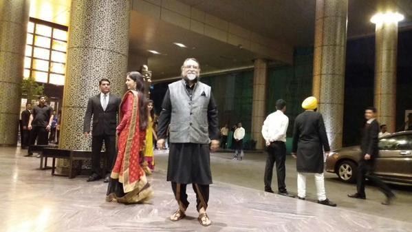 Shahid Kapoor Wedding Reception,Shahid Kapoor and Mira Rajput Wedding Reception,Shahid Kapoor and Mira Rajput Wedding Reception Pics,Shahid Kapoor Wedding Reception Photos,Shahid Kapoor Wedding Reception images,Shahid Kapoor Wedding Reception stills,Shahi