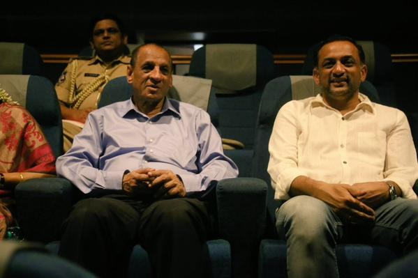 Governor Narasimhan watched Baahubali Movie,Governor Narasimhan,Narasimhan watched Baahubali Movie,E. S. L. Narasimhan,Baahubali,Baahubali special screening,Governor watches Baahubali,Union Ministers watched Baahubali