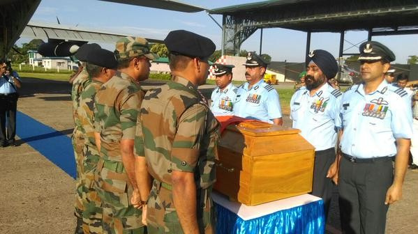 APJ Abdul Kalam's body,APJ Abdul Kalam,Abdul Kalam,Abdul Kalam Dead,Abdul Kalam dead body,APJ Abdul Kalam's body reaches Guwahati,Abdul Kalam's body reaches Guwahati