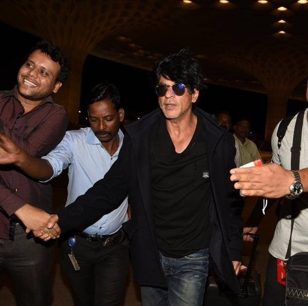 Dilwale,srk,Shahrukh Khan,Dilwale song shoot,srk at Dilwale song shoot,Actor Shahrukh Khan,Shahrukh Khan latest pics,Shahrukh Khan latest images,Shahrukh Khan latest photos,Shahrukh Khan latest stills,Shahrukh Khan latest pictures