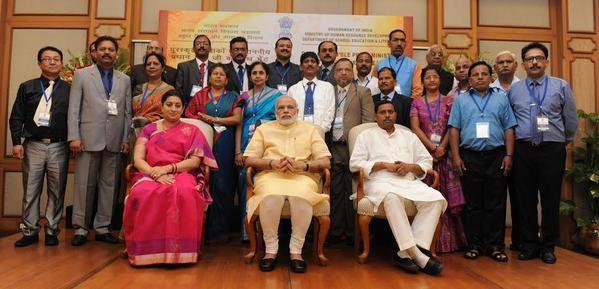 Teachers day,PM Narendra Modi,Narendra Modi,Modi,National Awardee,Modi with National Awardee Teachers