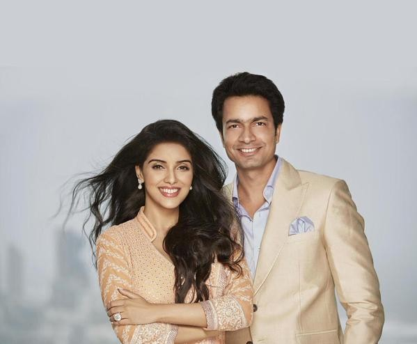 Asin rahul sharma,asin rahul sharma photos,asin new photoshoot,asin rahul sharma photoshoot,asin vanitha coverpage