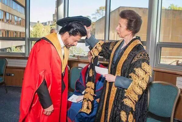 Shah Rukh Khan,Shahrukh Khan,SRK,Shah Rukh Khan receives doctorate,University of Edinburgh,second doctorate for SRk