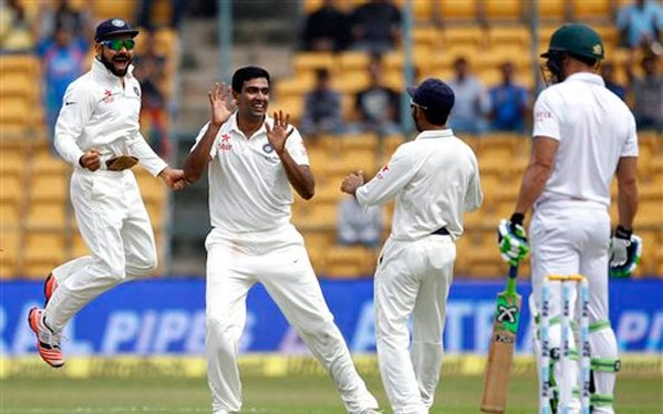 India vs South Africa,INDvsSA,Ashwin,Jadeja,India vs South Africa 2015,India vs South Africa Test Series,Chinnaswamy Stadium