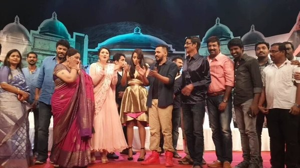 Aranmanai 2 Audio Launch,Aranmanai 2,Aranmanai 2 Audio,Siddharth,Trisha,Hansika Motwani,Kushboo,Hiphop Tamizha,Soori,Manobala,Aranmanai 2 Audio Launch pics,Aranmanai 2 Audio Launch images,Aranmanai 2 Audio Launch photos,Aranmanai 2 Audio Launch stills,Ara